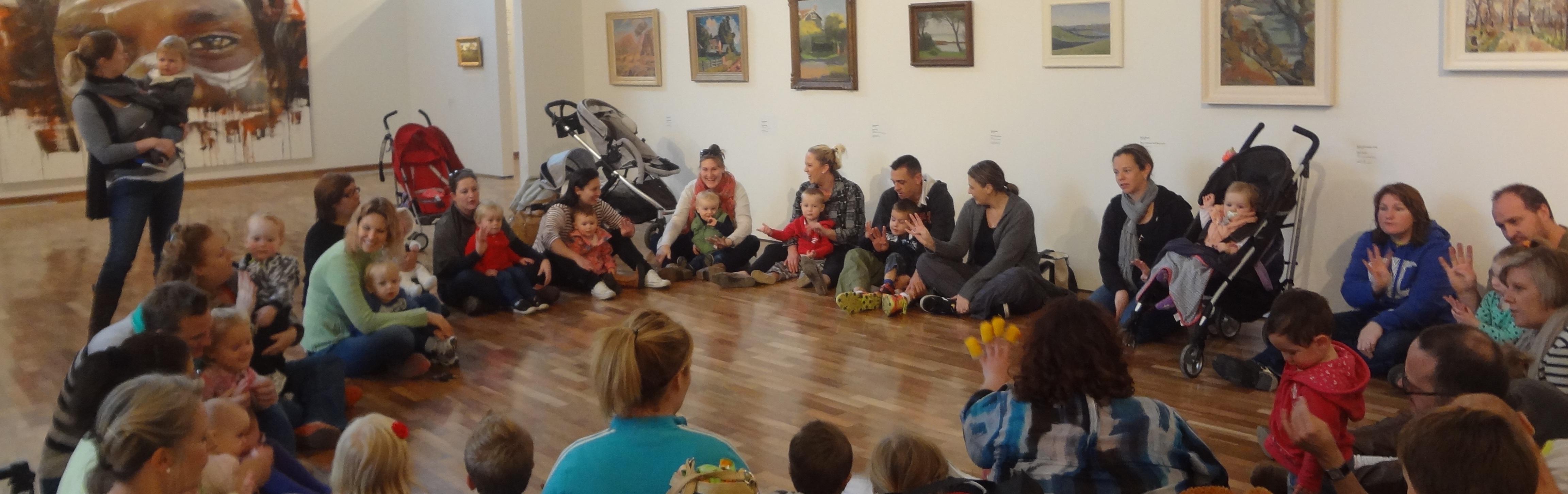 Benalla PEEP song time on a special visit to Benalla Art Gallery